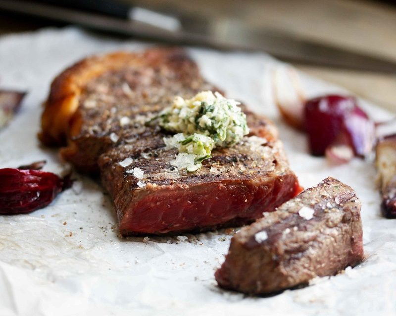 Image of lucious, cooked bavette steak